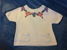 White Cotton and Linen Floral Sweater Vintage by PamsPawsJewelry