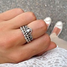 obsessed with this pandora princess ring!
