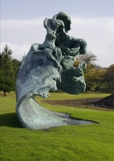 Maggi Hambling's first large scale wave sculpture The Rising Wave commissioned for a private collector Maggi Hambling, British Artists, Z Arts, Sense Of Place, Exhibit Design, Big Waves, Extreme Weather, Patterns In Nature, Public Art