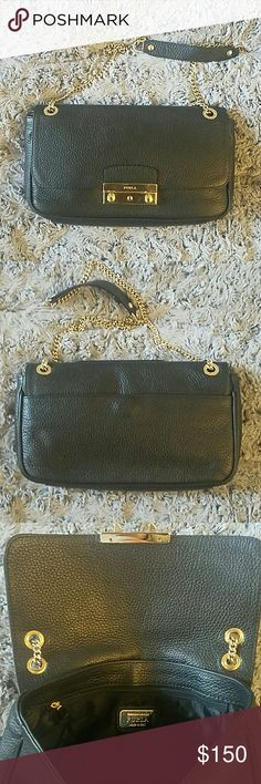 """Authentic Furla crossbody/shoulder bag Worn less than 3 times only. In perfect condition! Can wear long or short - crossbody or shoulder Very useful bag, can put in lots of stuffs. Leather. 10"""" L X 6""""W X 2""""D Make offers Furla Bags Crossbody Bags"""