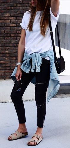 #outfits #summer #blackjeans #casual The Blonde Post YYC www.theblondnesspost.com