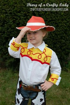 Diary of a Crafty Lady: Cowgirl Jessie Halloween Costume. Mary! She even made the hat! Check it out.
