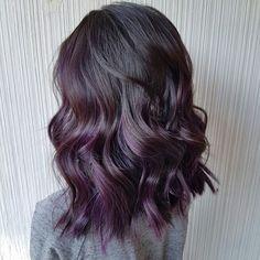 Purple Brown Hair, Balayage Hair Purple, Purple Hair Highlights, Hair Color Purple, Hair Dye Colors, Hair Color For Black Hair, Dark Purple Hair Color, Red Hair, Violet Hair