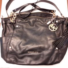 Heavy chain handle to be carried as a purse or with the long shoulder strap. Balenciaga City Bag, Handbags Michael Kors, Michael Kors Hamilton, Designer Handbags, Soft Leather, Leather Handbags, Shoulder Strap, Purses, Black