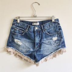 free people Lacey cut offs the best summer short !! great condition - lightly worn Free People Shorts Jean Shorts