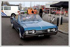 https://flic.kr/p/TzcfAX   Oldsmobile Cutlass Supreme Convertible / 1967