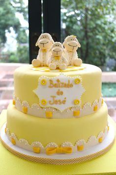 Little Big Company | The Blog: Sweet Little Sheep Themed Christening with pops of Yellow by Festa Com Gosto.