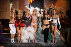 Victoria's Secret is how she gets all of her models to stay so damn skinny. SECRETS DON'T MAKE FRIENDS, VICKYYYYY.