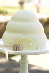 Angelica's Little Beehive Cake