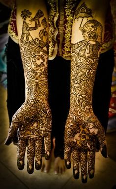 Beautiful Mehendi on Wedding Day for Indian Bride !! #IndianTradition  The little couple is cute! Lg