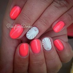 Nails by Pásztor Dorka. Shell designed coral summer nails
