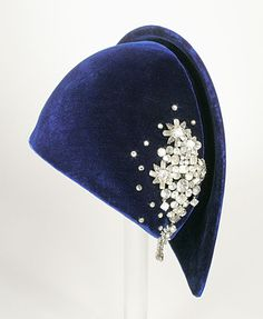 Halo Hat - 1931 - by Lilly Daché
