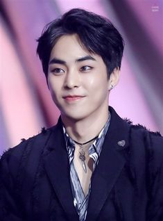 ASK K-POP Kim better known by his stage nameXiumin, is a South Korean singer and actor. He is best known as a member of the South Korean-Chinese boy group Exo , its sub-group Exo-M, and its sub-unit Exo-CBX . Exo Xiumin, Kim Minseok Exo, Exo Ot12, Kpop Exo, K Pop, Knock Knock, Exo Official, Xiuchen, Kim Min Seok