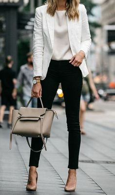 40 Trendy Work Attire & Office Outfits For Business Women Classy Workwear for Pr. - Business Outfits for Work Casual Work Outfits, Mode Outfits, Work Casual, Stylish Outfits, Outfit Work, White Outfits, Casual Chic, Dress Casual, Casual Blazer