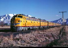 Union Pacific Train, Union Pacific Railroad, Heritage Train, Transportation Technology, Southern Railways, Railroad Photography, Diesel Locomotive, Train Tracks, Diesel Engine