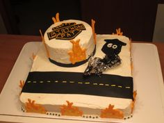 Harley Davidson B~Day Cake. Harley Davidson Birthday, Cake Pops, Sweet Treats, Cakes, Desserts, Food, Tailgate Desserts, Sweets, Deserts