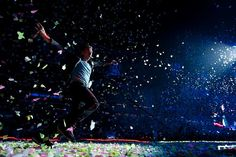 November 21 in Coldplay tour concert at Brisbane. There was a moment that Jimmy felt his life complete. Coldplay Tour, Brisbane, Tours, In This Moment, Fan, Rock, History, Concert, Music