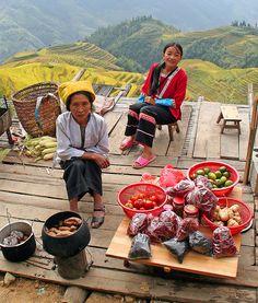www.delunademiel.es Nos desplazamos muy al Este, China y sus espectaculares paisajes de terrazas de arroz.