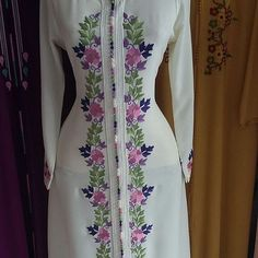 No photo description available. Embroidery Suits Punjabi, Embroidery On Kurtis, Hand Embroidery Dress, Kurti Embroidery Design, Embroidery Neck Designs, Embroidered Clothes, Blouse Neck Designs, Kurta Designs, Indian Designer Outfits