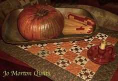 Club 6, Cheddar and Chocolate quilt used in the Fall