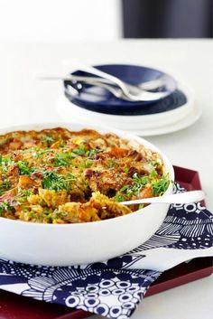 Juures-broileri-riisivuoka Wine Recipes, Real Food Recipes, Chicken Recipes, Cooking Recipes, Healthy Recipes, I Love Food, Good Food, Yummy Food, Tasty
