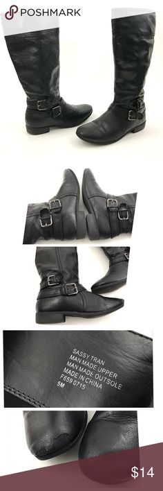 """NINE WEST Girls Buckle Black Tall Boots Nine West  Style: Sassy Tran  Girls Youth Faux Leather Riding Boots            Size 5 Shoes Pre Owned Boots, in Good Shape No Holes or Stains Has Peeling on Toe Area- Shown in Photos Original Box is Not included  Boot Shaft: 13"""" Circumference: 7"""" Heel height: 1"""" Outsole heel to toe: 10""""    Item comes from a pet free/smoke free clean environment please contact me for any additional questions Nine West Shoes Boots"""