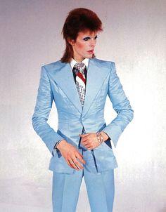 David Bowie ice-blue suit by Freddie Burretti