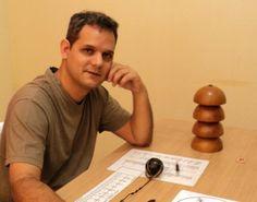 Este sou eu, Sérgio Nogueira, aficionado por radiestesia, radiônica, geobiologia e tudo que se refere a percepção das informações vibracionais.