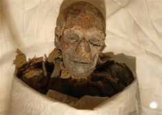 Egyptian authorities said that a mummy found a century ago has been identified as the remains of pharaoh Queen Hatshepsut, who ruled over Egypt during the century B. Ancient Egyptian Beliefs, Ancient History, Egypt Mummy, Egyptian Queen, Egyptian Pharaohs, Egyptian Mummies, Archaeology News, Visit Egypt, Cairo