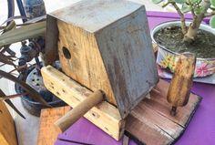 Encontrá CASA PAJAROS  desde $600. Decoración, Arte y más objetos únicos recuperados en MercadoLimbo.com. Bird, Outdoor Decor, House, Home Decor, Highlights, December, Objects, Houses, Art
