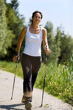 Nordic Walking - 8 Trails rund um Bad Bayersoien, Nordic Walking Training und Ausrüstung im Parkhotel am Soier See, Bad Bayersoien, Ammergauer Alpen, Bayern ** Nordic walking in Bavaria, Ammergau Alps