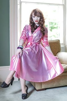 Baby Raincoat, Raincoat Jacket, Hooded Raincoat, Rain Jacket, Green Raincoat, Vintage Mode, Vintage Ladies, Vintage Pink, 1940s Fashion