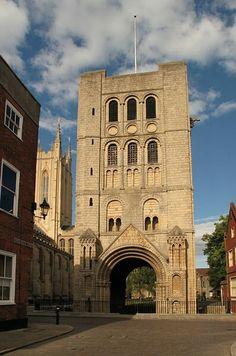 Bury St Edmunds - Suffolk Bury St Edmunds, Norfolk, Notre Dame, Saints, Architecture, Building, Travel, Arquitetura, Viajes