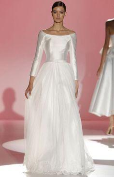 Vestidos de novia con cuello barco 2015: unión de elegancia y distinción Image: 21