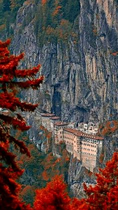 New Destinations The Sümela Monastery Maçka/Trabzon/Turkey . Places Around The World, Oh The Places You'll Go, Places To Travel, Places To Visit, Around The Worlds, Wonderful Places, Beautiful Places, Beautiful Pictures, Trabzon Turkey