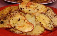 INGREDIENTS:  3 large potatoes  2 tablespoons oil  1⁄2 teaspoon fresh ground pepper…  1⁄2 teaspoon oregano  1⁄2 teaspoon thyme  1⁄2 teaspoon sage  1⁄2 teaspoon rosemary  celery salt, to taste  garlic salt, to taste    DIRECTIONS:  Pre-heat the oven to a high temperature.  Cut the unpeeled potatoes into 1/4 inch