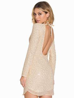 Ah Sequin Web Dress - Nly One - Champagne - Festkjoler - Klær - Kvinne - Nelly.com