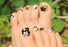 40 Creative Toe Nail Art designs and ideas www. - - 40 Creative Toe Nail Art designs and ideas www. cute toe nail art 40 Kreative Toe Nail Art Designs und Ideen www. Nail Art Designs, Pedicure Designs, Pedicure Nail Art, Nail Polish Designs, Toe Nail Art, Nail Manicure, Pretty Toes, Pretty Nails, Hair And Nails