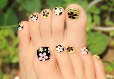 40 Creative Toe Nail Art designs and ideas www. - - 40 Creative Toe Nail Art designs and ideas www. cute toe nail art 40 Kreative Toe Nail Art Designs und Ideen www. Nail Art Designs, Pedicure Designs, Pedicure Nail Art, Toe Nail Art, Nail Manicure, Cute Toe Nails, My Nails, Pretty Nails, Painted Toe Nails