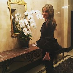 WEBSTA @ aerin - NYC night out....#tistheseason Aerin Lauder, Style Icons, Night Out, Nyc, Instagram Posts, Dresses, Coats, Club, Country