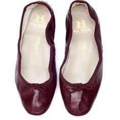 Burgundy Porselli Ballet Flats En Soie ($220) ❤ liked on Polyvore featuring shoes, flats, burgundy shoes, ballet flat shoes, leather ballet flats, flat shoes and ballerina pumps