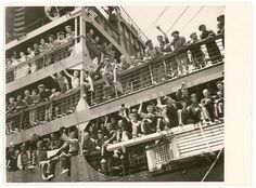Troopships depart Sydney, 9-10 January 1940, by Sam Hood | Flickr - Photo Sharing!