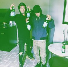 poppin pellegrino how to pop it only we know but your beverage is so weak though watch us pop the pellegrino