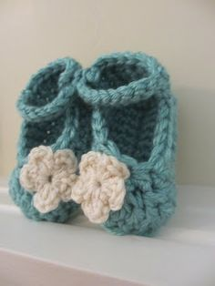 Jay's Boutique Blog: FREE PATTERN: Chunky Yarn Baby Booties