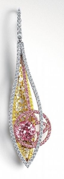 I love the elongated, sculptural design. Louis Vuitton - Lorenz Bäumer Get this now louis vuitton handbags or louis vuitton handbag authentic then Click visit link above for more options Gems Jewelry, High Jewelry, Luxury Jewelry, Jewelry Box, Jewelry Accessories, Jewelry Design, Diamond Jewellery, Louis Vuitton, Bling