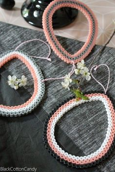 Basteln B l a c k C o t t o n C a n d y: DIY Hama Ostereier Another way that you can get free fashio Diy Jewelry Rings, Jewelry Art, Hama Beads, Diy For Kids, Crafts For Kids, Art Perle, Diy Jewelry Inspiration, Easter Traditions, Melting Beads