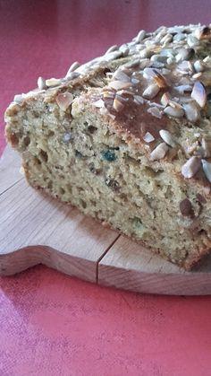 Magvas kenyérke Advent, Banana Bread, Pizza, Food, Loaf Bread Recipe, Recipes, Eten, Meals, Diet