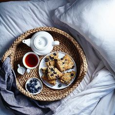 Breakfast in bed at 5pm for @terryhope's cookbook photo shoot. #proteinninja