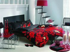 1000 images about mine and selina 39 s dorm on pinterest for Harley quinn bedroom designs