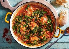 chicken, paprika, chickpea, kale one pot